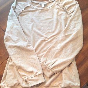 🍁 Motherhood New Ruffled Sweatshirt Cream Rayon